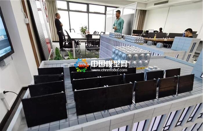太阳能异聚态热利用系统沙盘模型